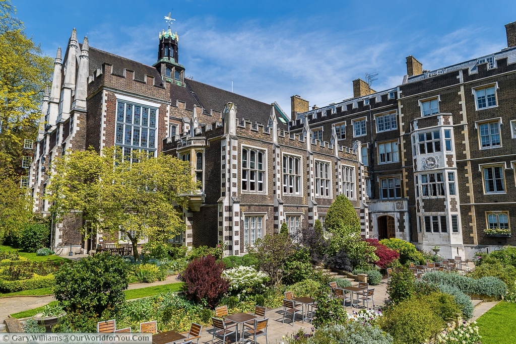 Middle Temple Hall: Hidden away from plain site is this impressive area of the City of London, England, UK
