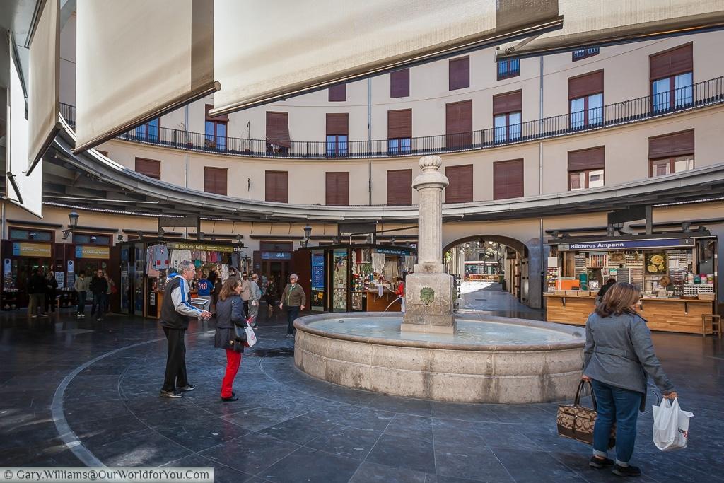 The Plaza Redonda, Valencia, Spain