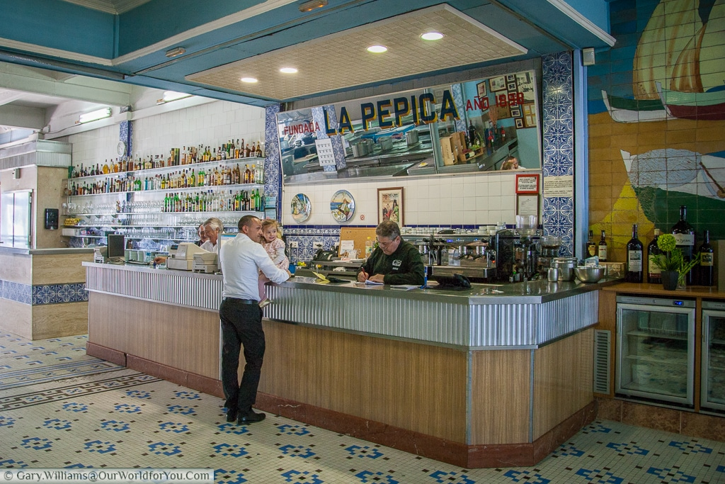 The counter of La Pepica, Valencia, Spain