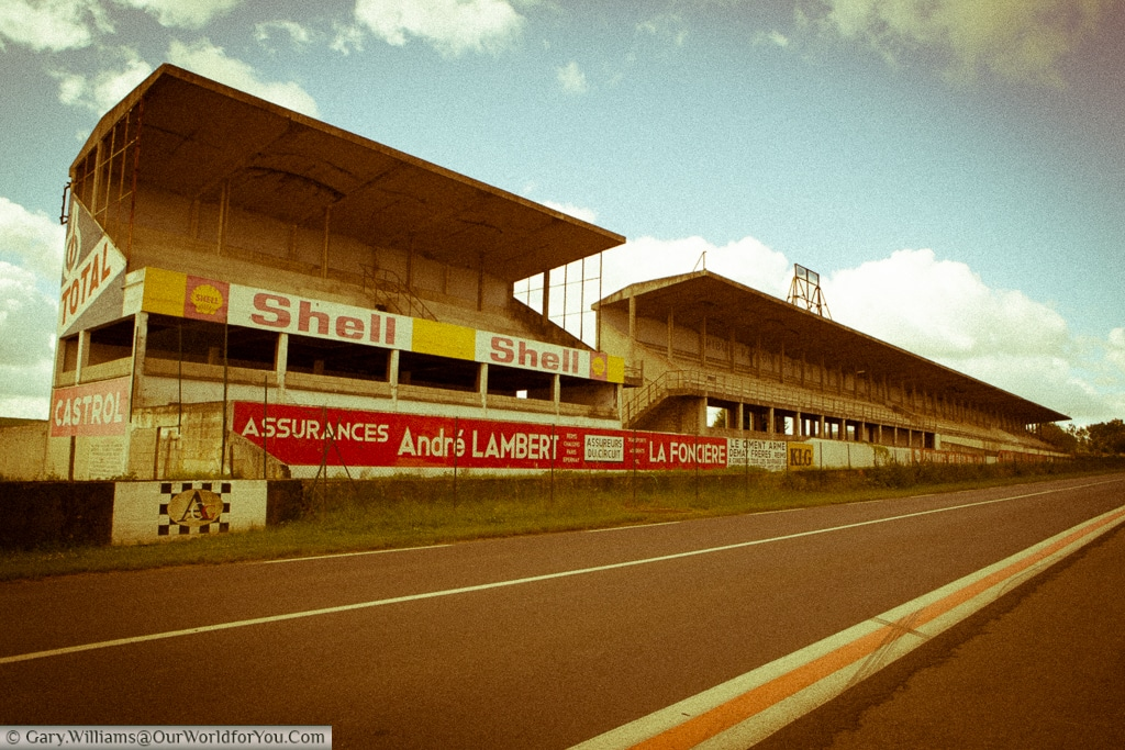 The main grandstands on the start finish straight of the Circuit Reims-Gueux