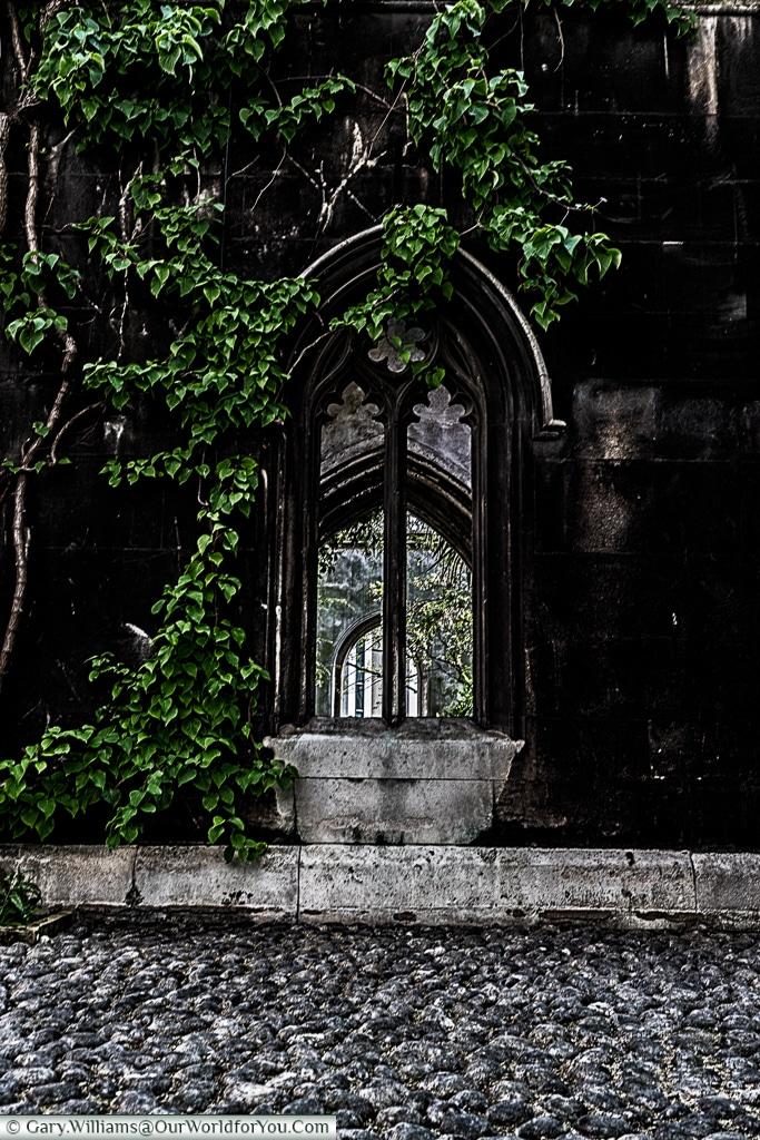 St Dunstan's in the East, City of London, London, UK