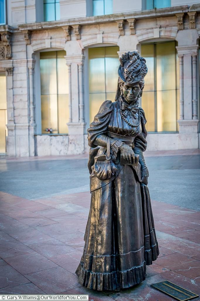 The Statue dedicated to the novel 'La Regenta', Oviedo, Spain