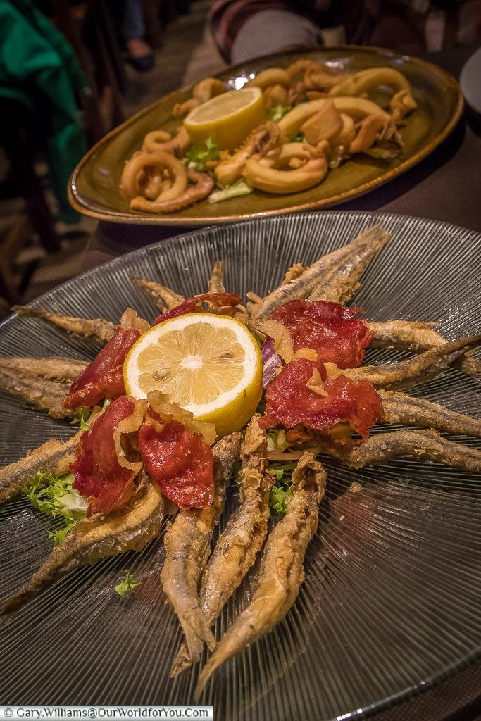 A bite at La Gran Vetusta Sidreria, Oviedo, Spain