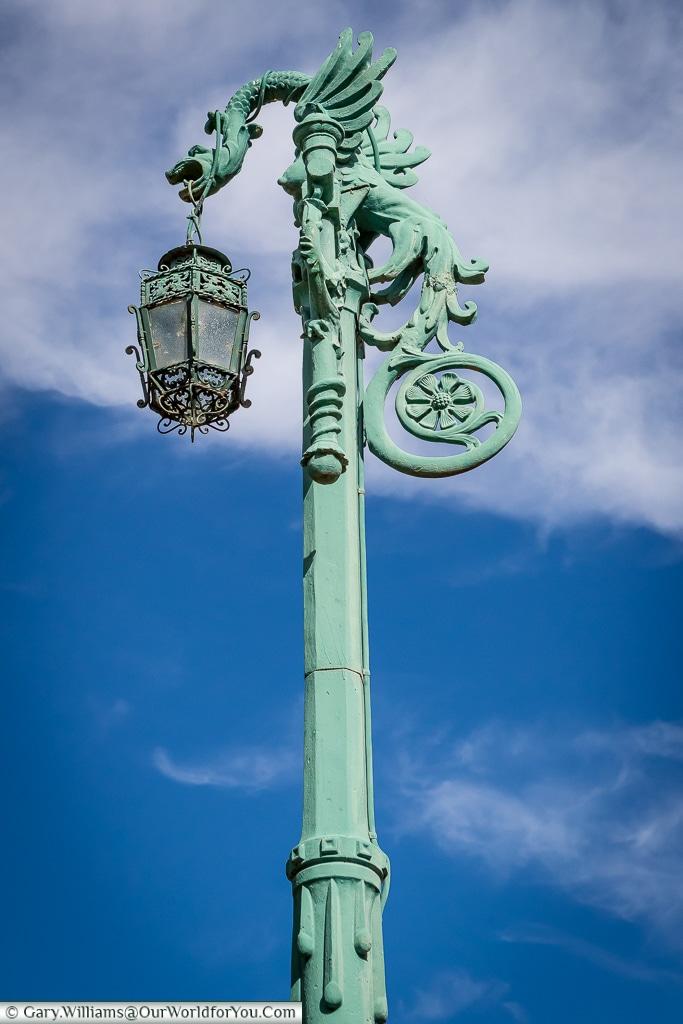A lamp in the Plaza la Reina Victoria Eugenia, Alcázar, Segovia