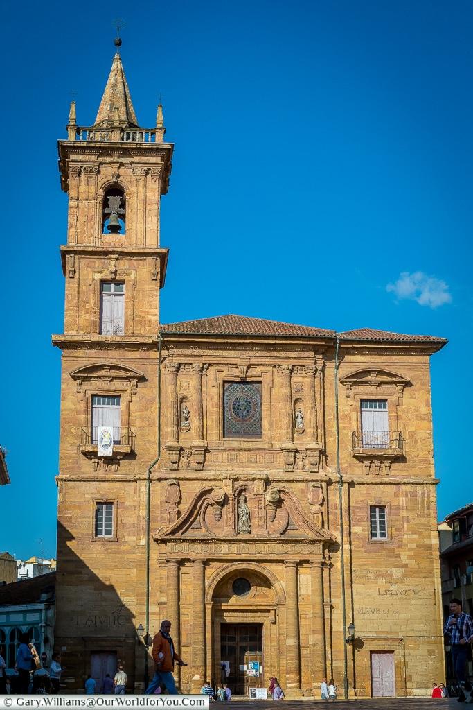 Church San Isidoro El Real, Oviedo, Spain