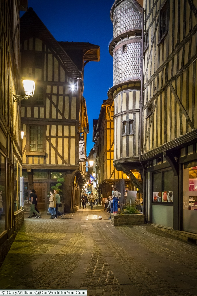 Cobbled lanes, Troyes, Champagne, Grand Est, France