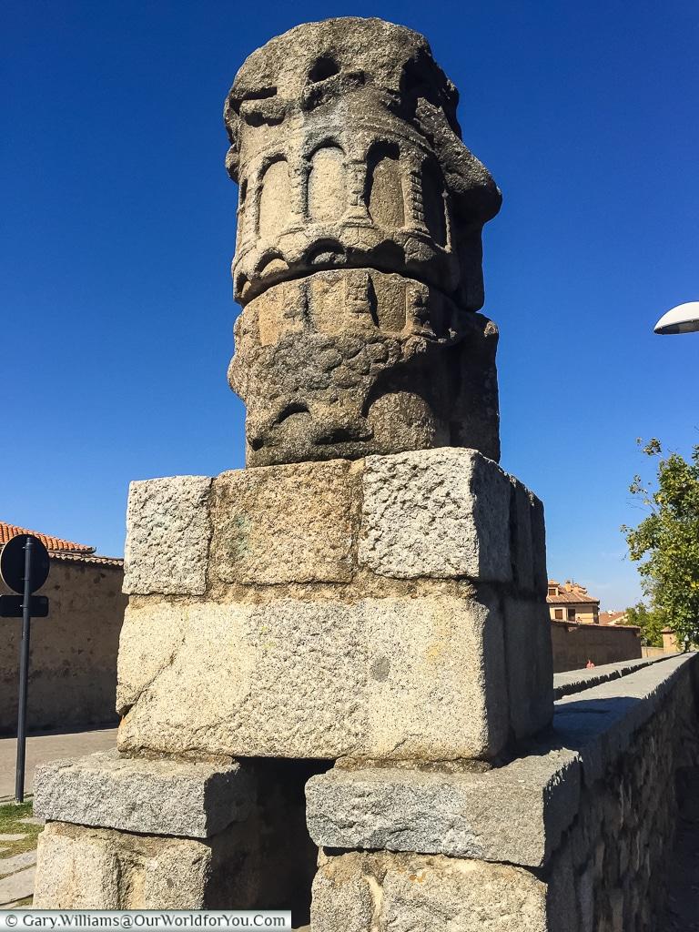 Marking where it comes up, Segovia, Spain
