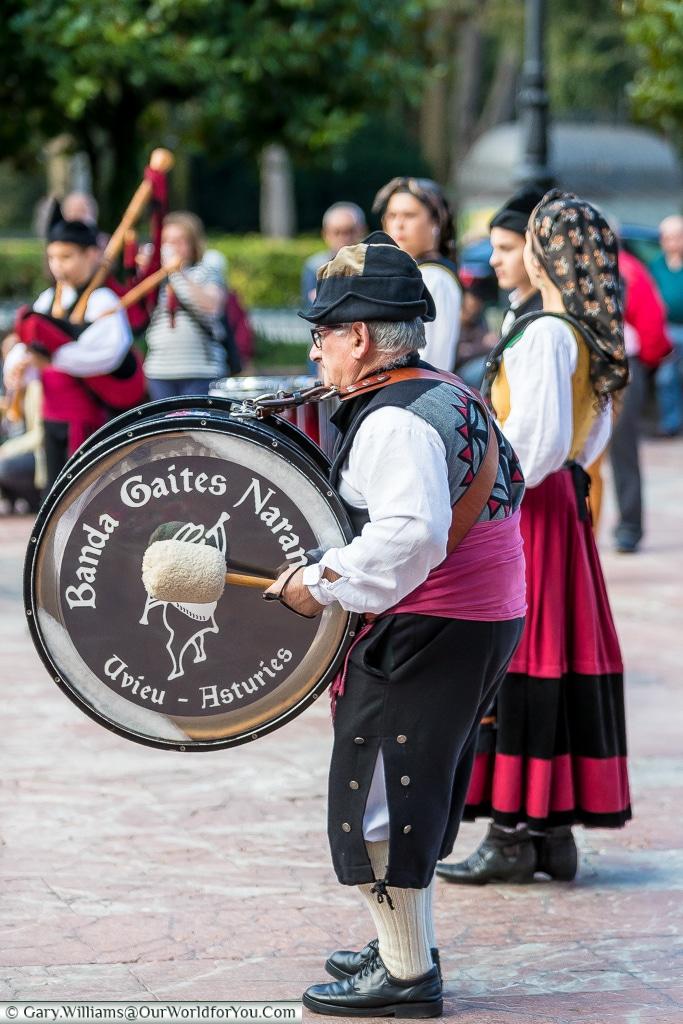 The drum player, Oviedo, Spain