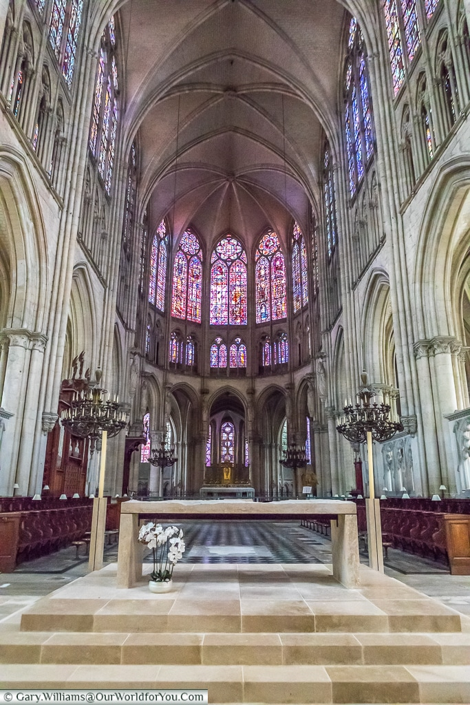 The nave of the Cathedral, Troyes, Champagne, Grand Est, France