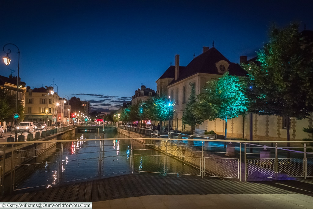 The quay at night, Troyes, Champagne, Grand Est, France