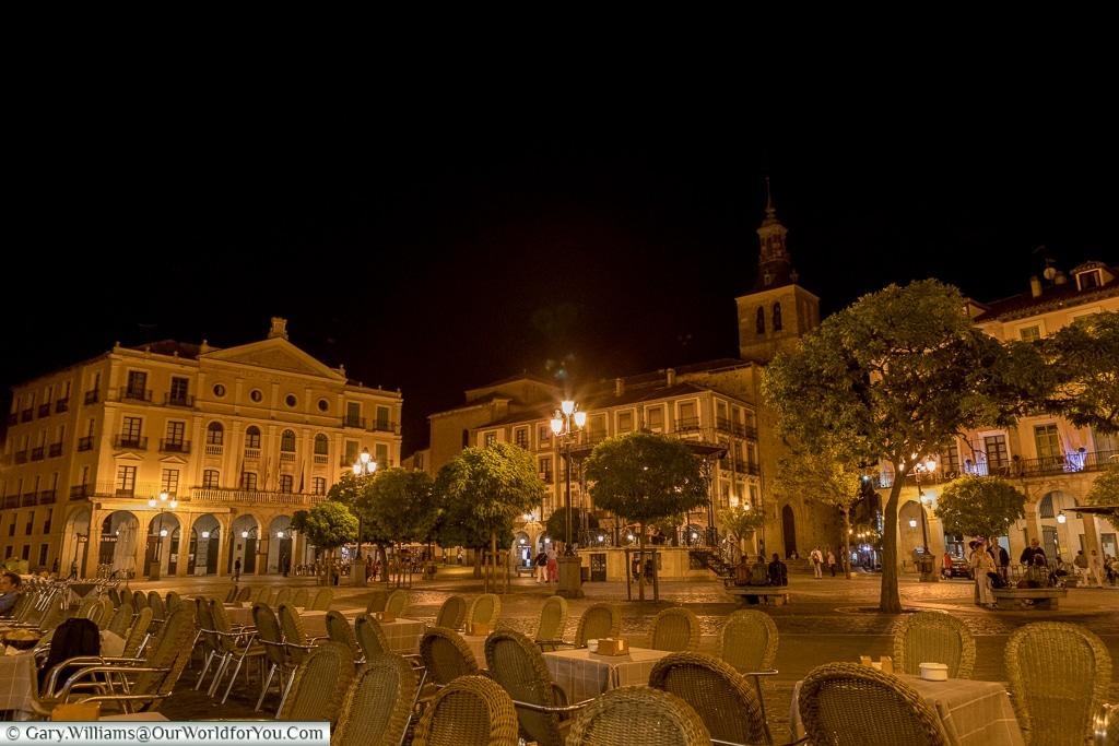 Plaza Mayor at night, Segovia, Spain