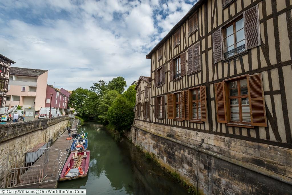 Canal Saint-Martin, Châlons-en-Champagne, France