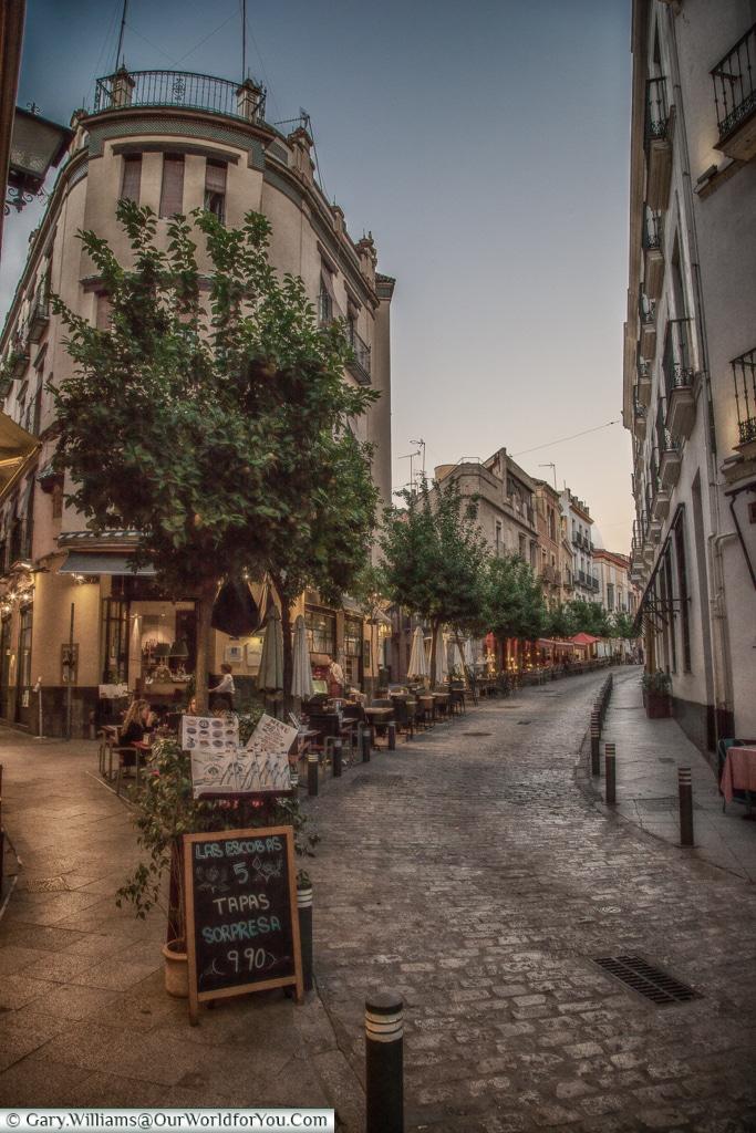 Be a Tourist, Seville, Spain