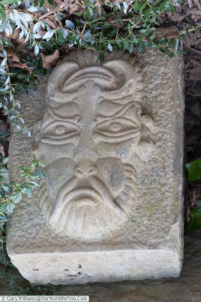 Face 2 - Inverted, Logroño, Spain