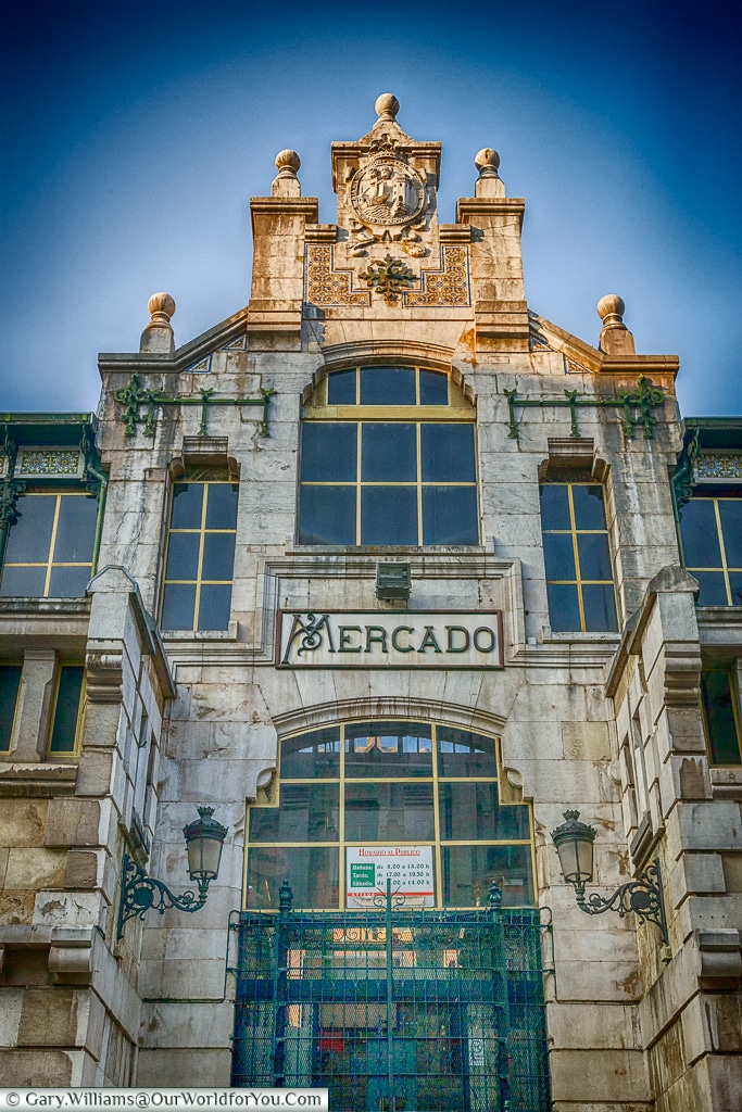 The entrance to the Mercado de la Esperanza, Santander, Spain
