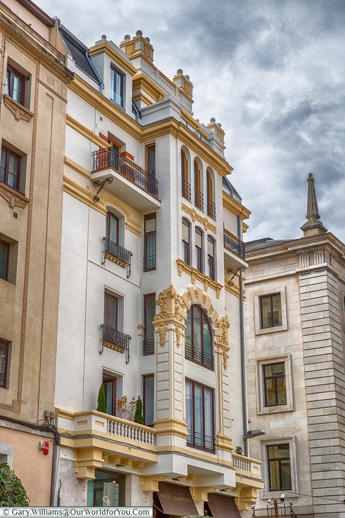 True Elegance, Santander, Spain